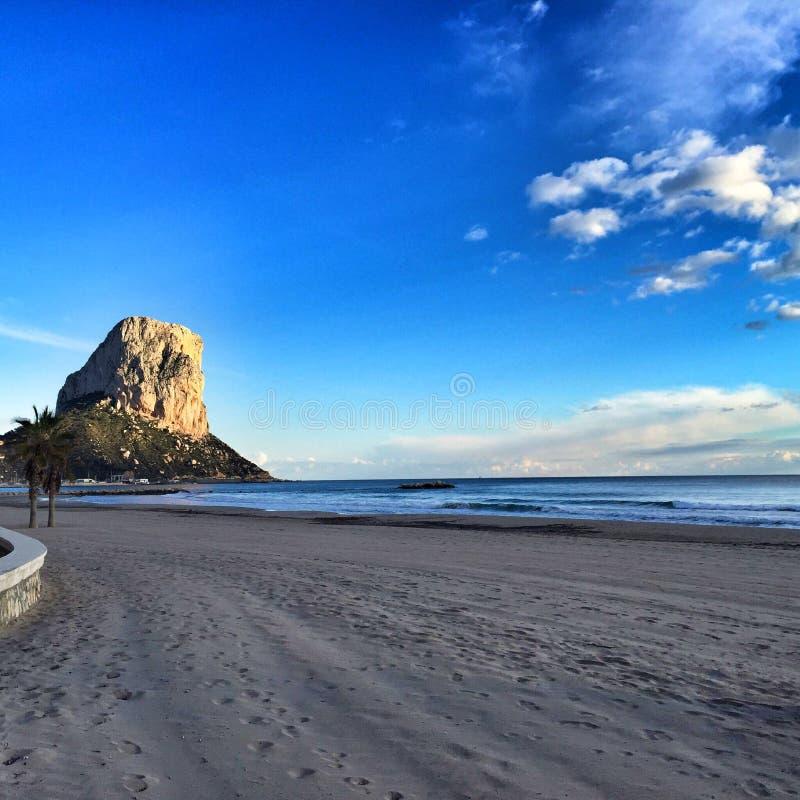 Arenal-Strand - Calpe, Spanien stockbilder