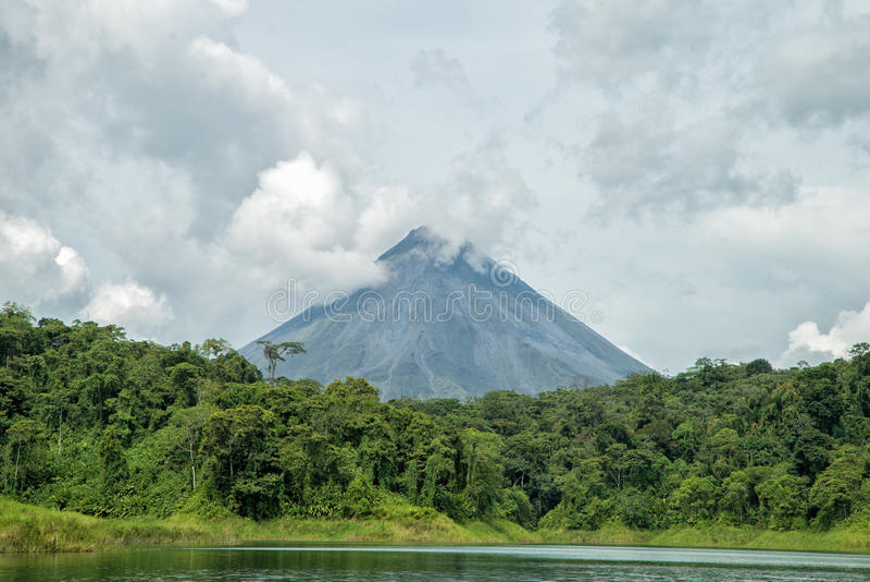 Arenal Volcan fotografie stock libere da diritti