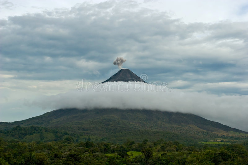 Download Arenal Volcano Stock Photography - Image: 5093042