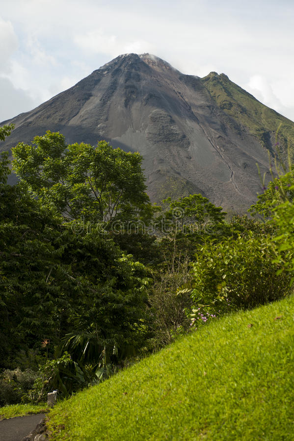 Download Arenal Volcano In Costa Rica Stock Photo - Image: 32466264