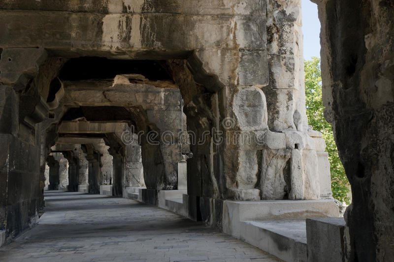 Arenas de Nimes, amphitheater romano em Nimes imagens de stock