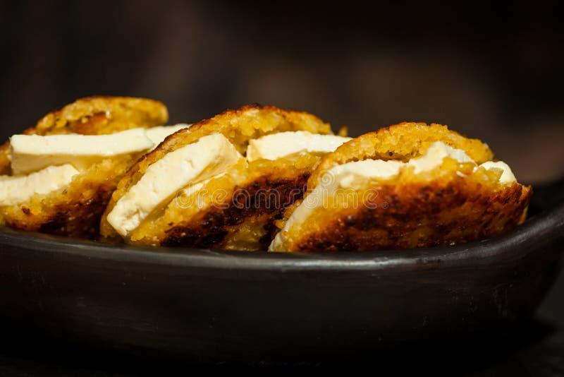 Arepas de choclo riempito di formaggio bianco fotografia stock