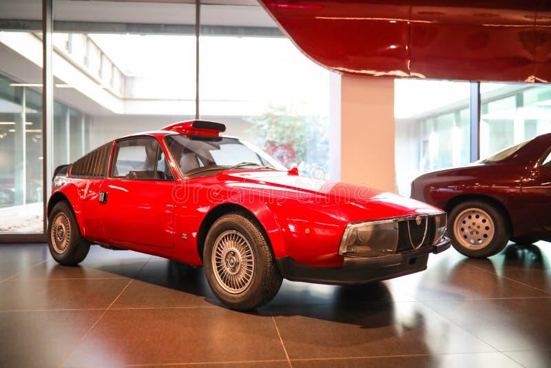 Arese, Italië - Alpha- Romeo Scarabeo II model op vertoning bij het Historische Museum Alfa Romeo stock fotografie