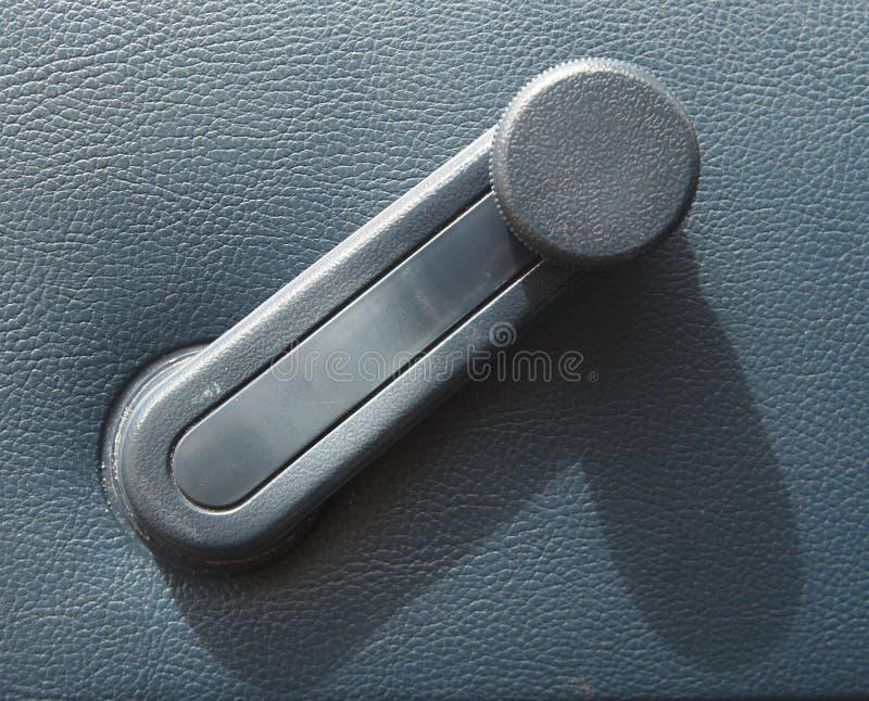 Argano della finestra in un'automobile immagine stock