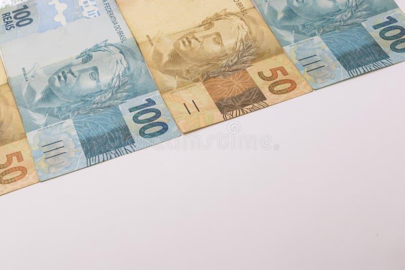 Argent brésilien avec l'espace vide Les factures ont appelé Real, différentes valeurs images stock