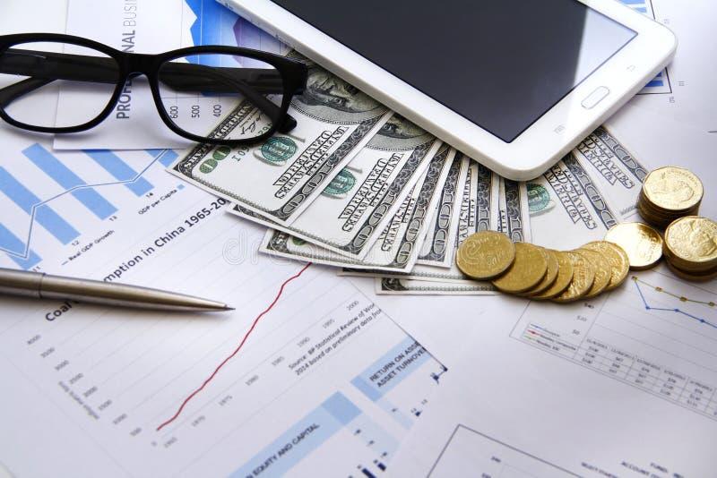 Argent de concept de finances, diagramme, pièce de monnaie, photos stock