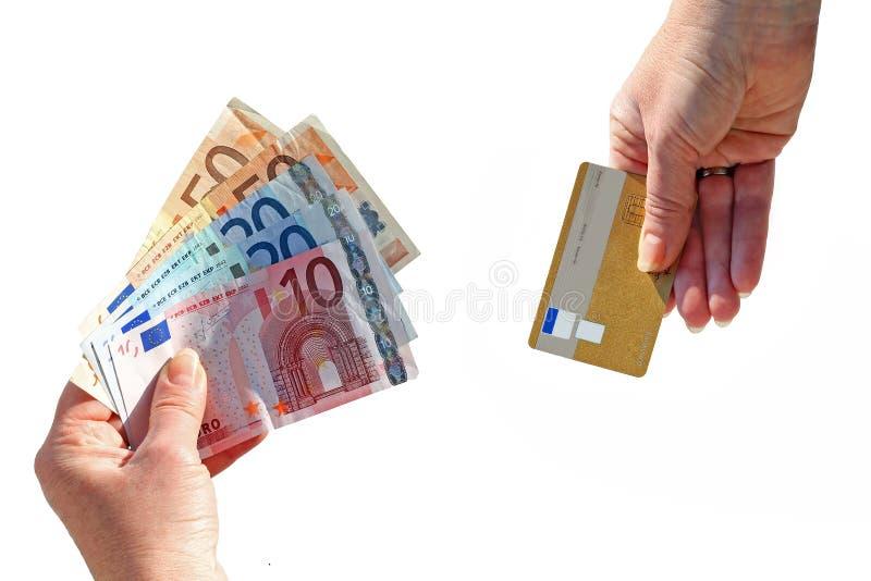Argent liquide ou carte de crédit photo libre de droits