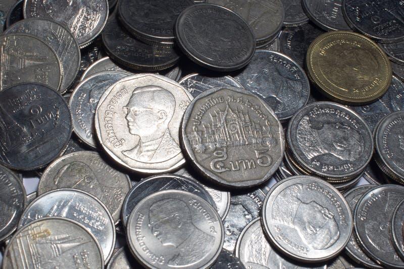 Argent thaïlandais de pièces de monnaie image libre de droits