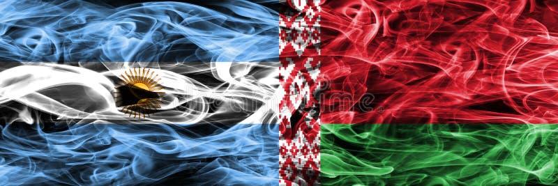 Argentinië versus Witrussische zij aan zij geplaatste rookvlaggen Dikke colo vector illustratie
