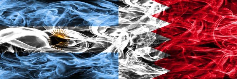 Argentinië versus zij aan zij geplaatste de rookvlaggen van Bahrein Dikke colo royalty-vrije illustratie