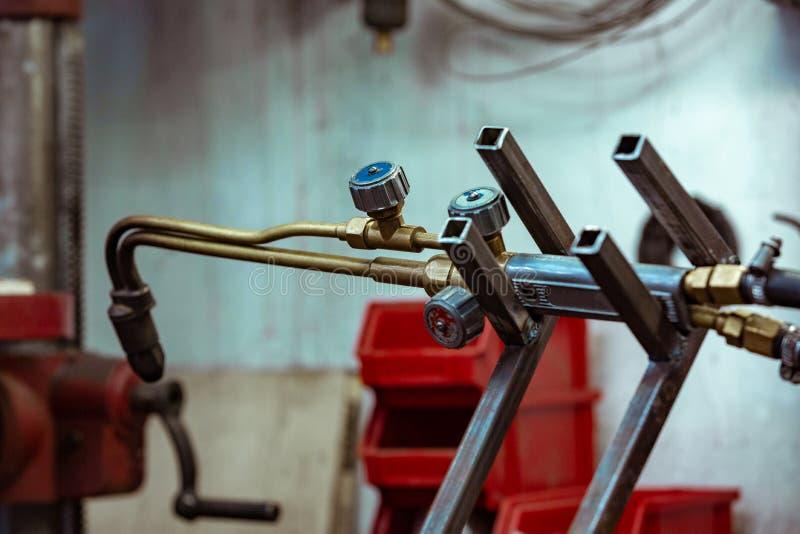 Argonbooglassen, Inert gas beschermd booglassen in een Workshop stock foto