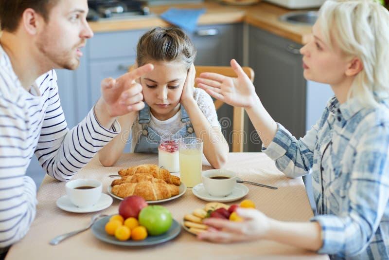 Argument des parents images stock