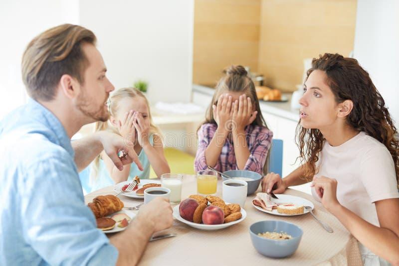 Argument door ontbijt royalty-vrije stock foto