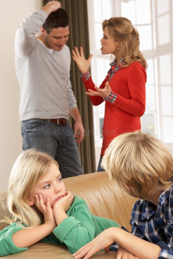argument ma domowych rodziców obrazy royalty free