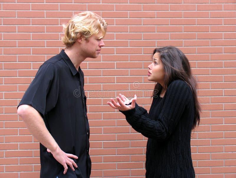 Argumentation de couples photographie stock libre de droits