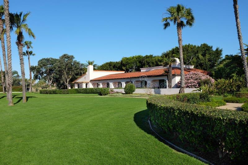 Argumentos y edificios en Hilton Santa Barbara Beachfront Resort fotos de archivo