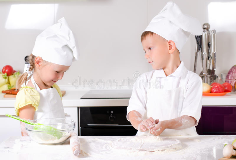 Arguments dans la cuisine photo stock