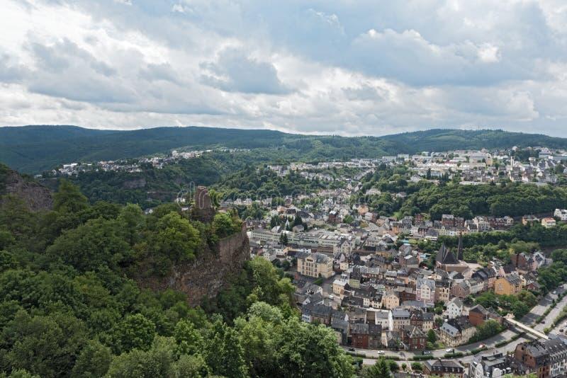Arial Ansicht des Panoramas von Idar-Oberstein in Rheinland-Pfalz, Deutschland stockfotografie