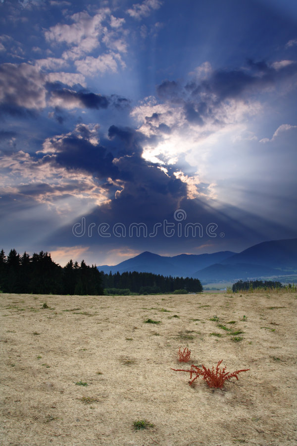 Download Arid Country Awaiting A Storm Stock Image - Image: 3080335