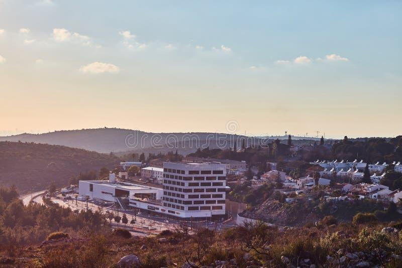 Ariel - 01 09 2017: Χρόνος απογεύματος λεωφόρων του Levi Rami στην πόλη στοκ φωτογραφία