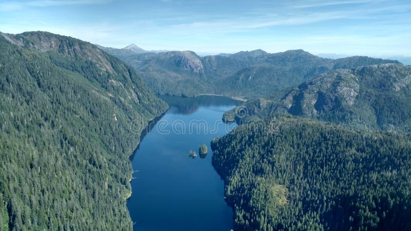 Ariel View de Misty Fjords na floresta nacional de Ketchikan Alaska Tongass fotografia de stock royalty free