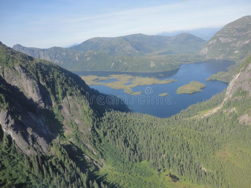 Ariel View de Misty Fjords na floresta nacional de Ketchikan Alaska Tongass fotos de stock royalty free