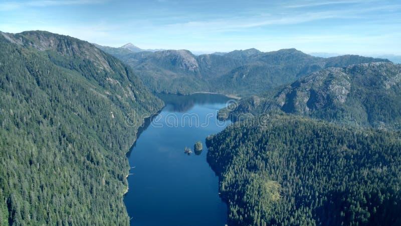 Ariel widok Mgliści Fjords w Ketchikan Alaska Tongass lesie państwowym fotografia royalty free
