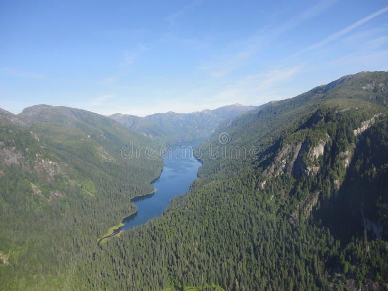 Ariel widok Mgliści Fjords w Ketchikan Alaska Tongass lesie państwowym obraz royalty free