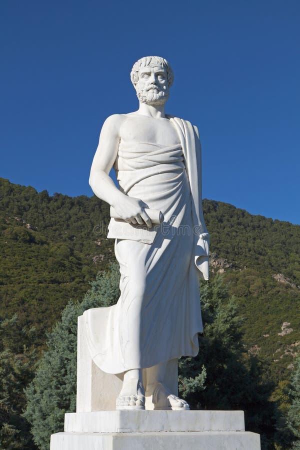 Aristotle statua przy Stageira Grecja zdjęcie stock