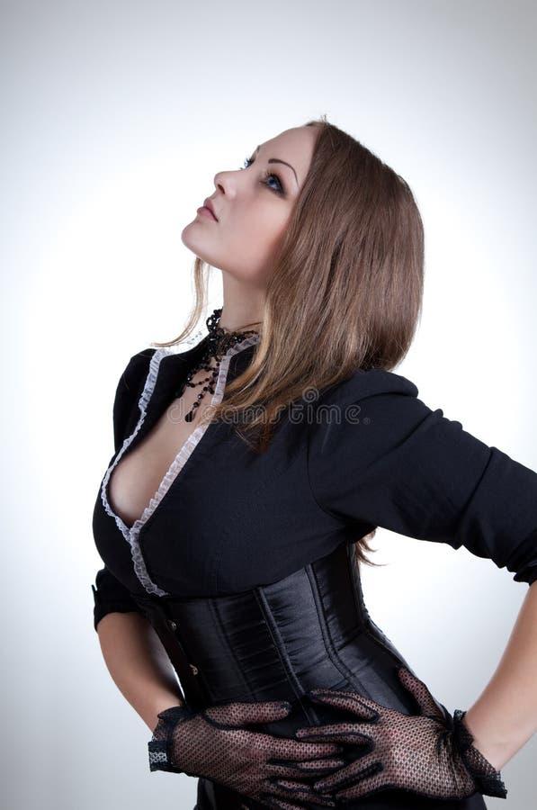 Aristrocratische vrouw in Victoriaanse kleren stock fotografie