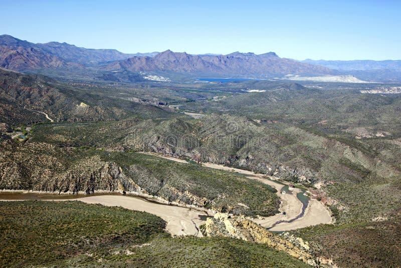 Arizona krajobraz wzdłuż Verde rzeki blisko Bartlett jeziora obraz royalty free
