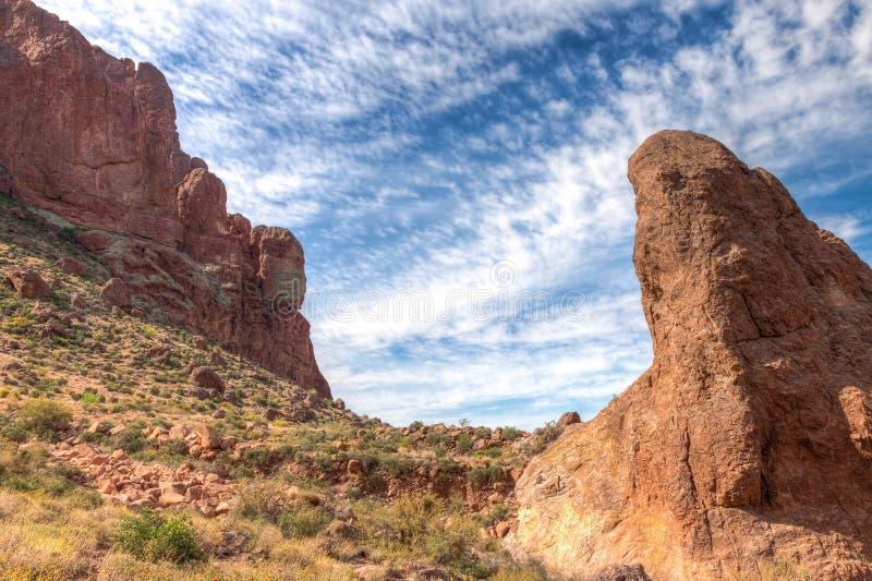 Arizona--Spur des Aberglaube-Gebirgswildnis-verlorene Holländer-Zustands-Park-Druckdosen-abgehobenen Betrages, stockbilder