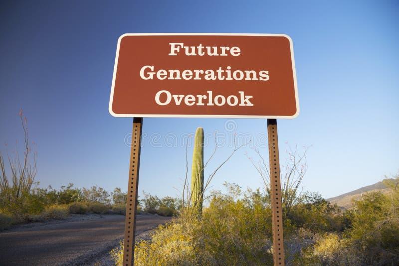 Arizona, Tucson, de V.S., 9 April 2015, Toekomstige Generaties overziet, het Nationale het Parkwesten van Saguaro, Arizona stock foto