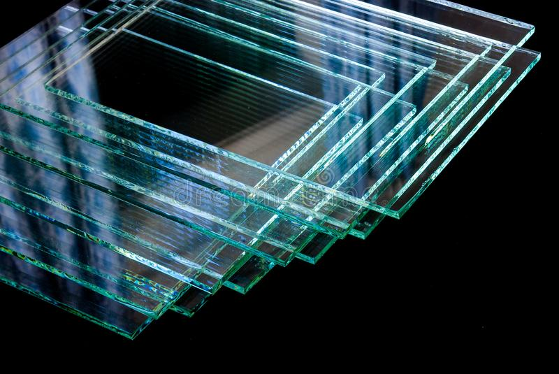 Ark av för flöteexponeringsglas för fabrik det tillverkning blandade klara snittet för paneler som ska storleksanpassas arkivfoton