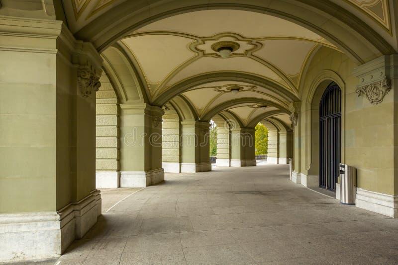 Arkada Federacyjny pałac Szwajcaria w Bern fotografia royalty free