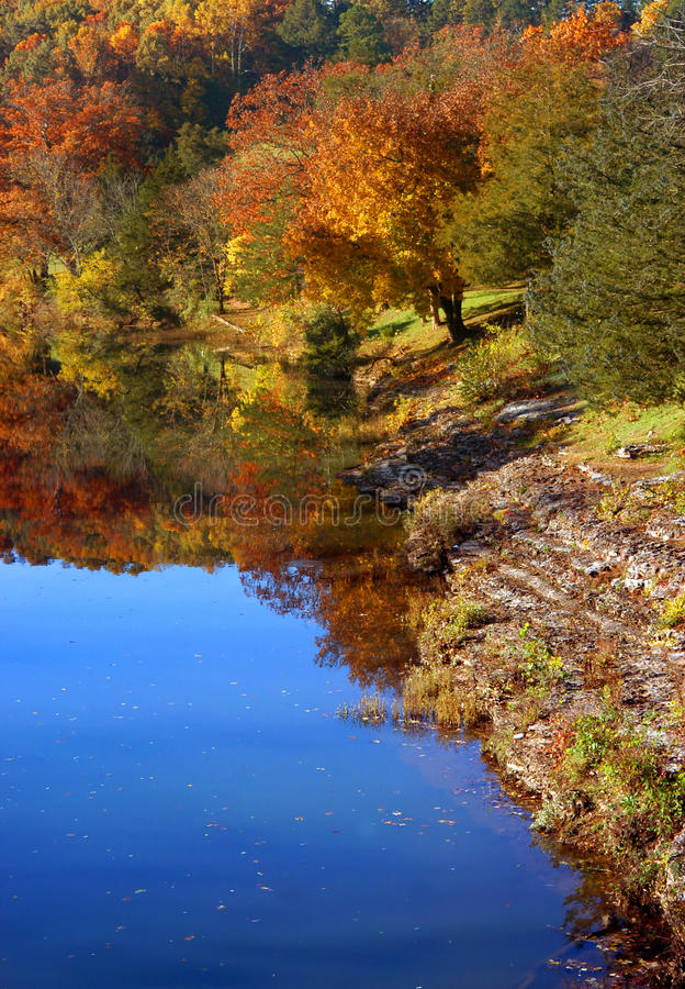 Arkansas River Bank lizenzfreies stockfoto