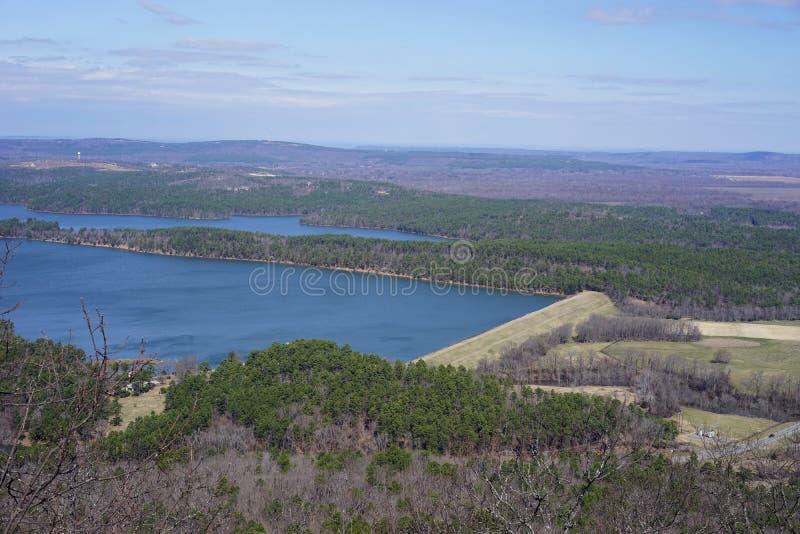 Arkansas Rzeczna earthen tama - horyzontalna obrazy stock