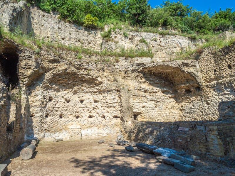 Arkeologiskt parkera av Baia, huvudsakliga arkitektoniska särdrag fotografering för bildbyråer