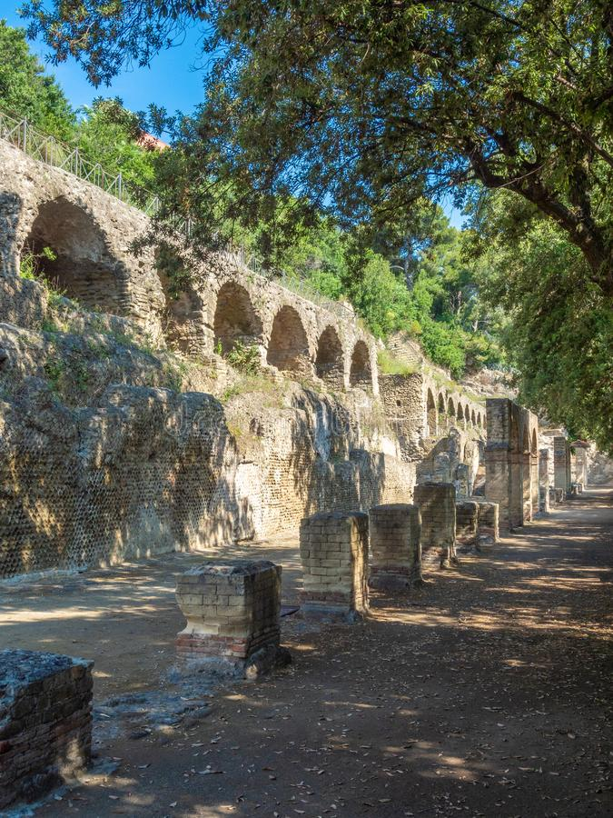 Arkeologiskt parkera av Baia, huvudsakliga arkitektoniska särdrag arkivfoton