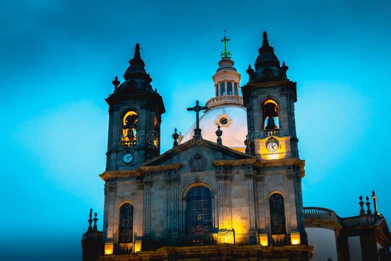 Arkitektonisk detalj av basilikan av vår dam av Sameiro nära Braga fotografering för bildbyråer