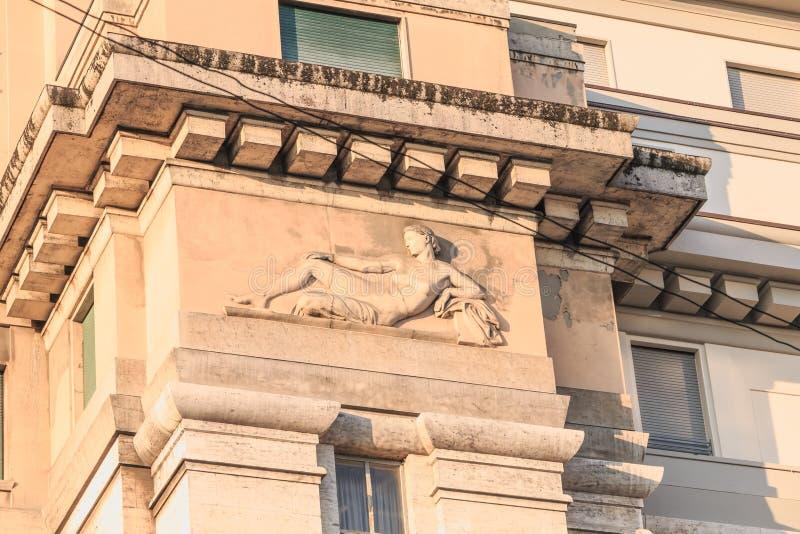 Arkitektonisk detalj av de Milano Ambasciatori för lyxigt hotell hotellen royaltyfria foton