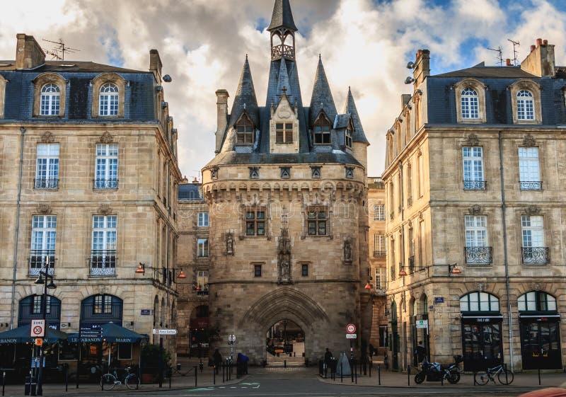 Arkitektonisk detalj av den Cailhau porten i Bordeaux royaltyfri fotografi