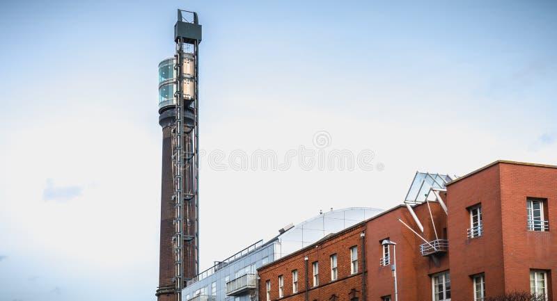 Arkitektonisk detalj av den gamla spritfabriken av irländsk whisky Jameson i Dublin royaltyfri fotografi