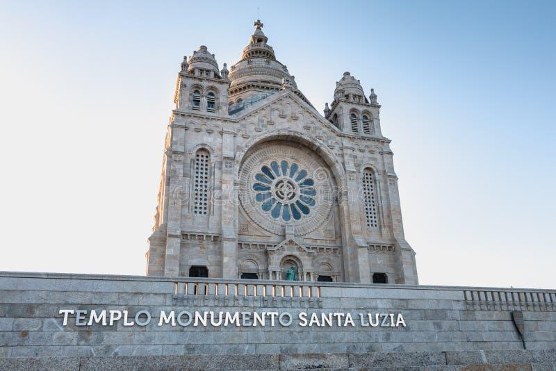 Arkitektonisk detalj av den Santa Luzia basilikan i Viana do Castelo arkivfoto