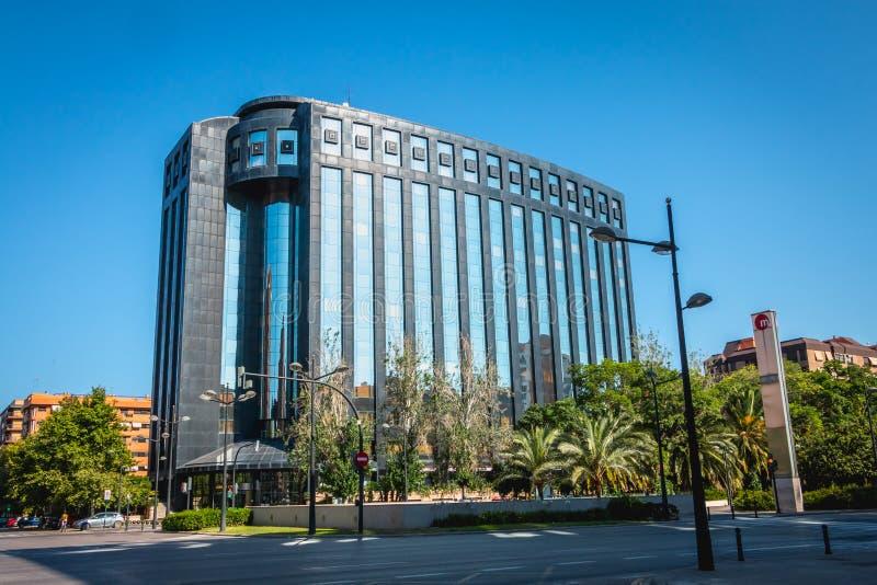 Arkitektonisk detalj av Europatornet, en stor kontorsbuildin arkivbilder