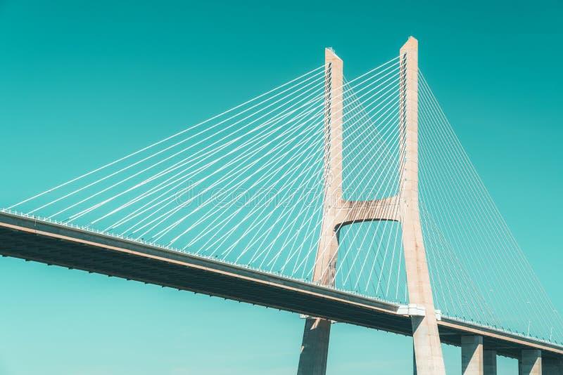 Arkitektoniska detaljer av 25 de Abril Bridge 25th April Bridge In Lisbon royaltyfri bild