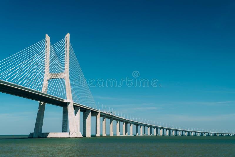 Arkitektoniska detaljer av 25 de Abril Bridge 25th April Bridge In Lisbon royaltyfri fotografi