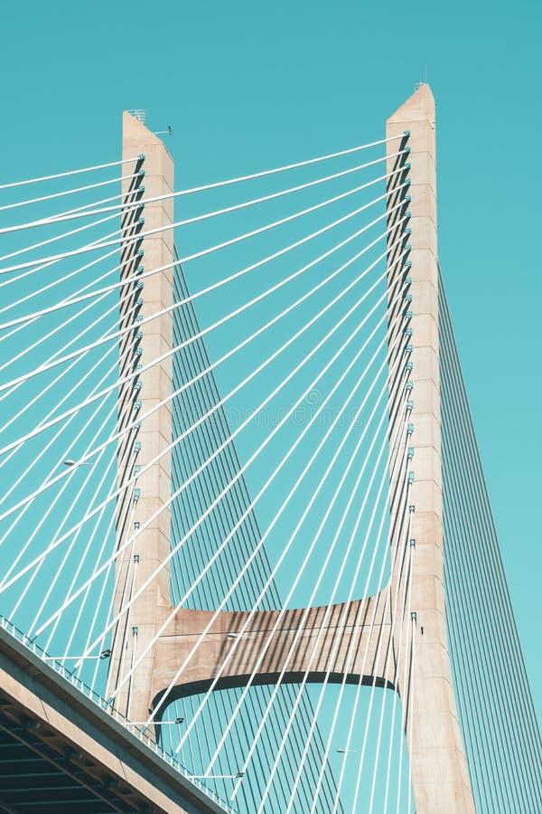 Arkitektoniska detaljer av 25 de Abril Bridge 25th April Bridge In Lisbon arkivfoto