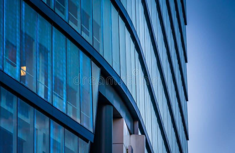 Arkitektoniska detaljer av den moderna WSFS-bankbyggnaden i downto arkivbild