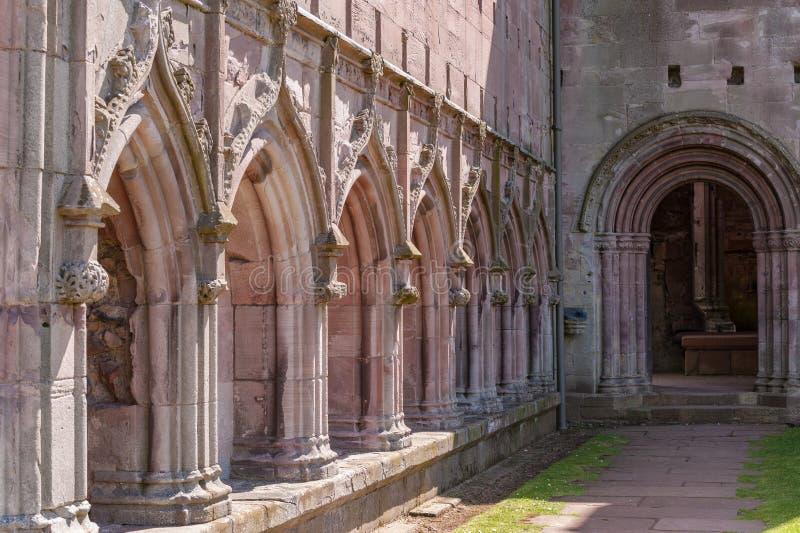 Arkitektoniska detaljer av Melroseabbotskloster arkivfoton